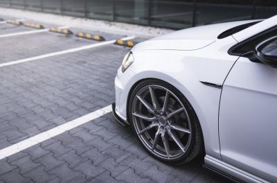 Volkswagen Golf / R / GTI Concaver CVR4 Brushed Titanium