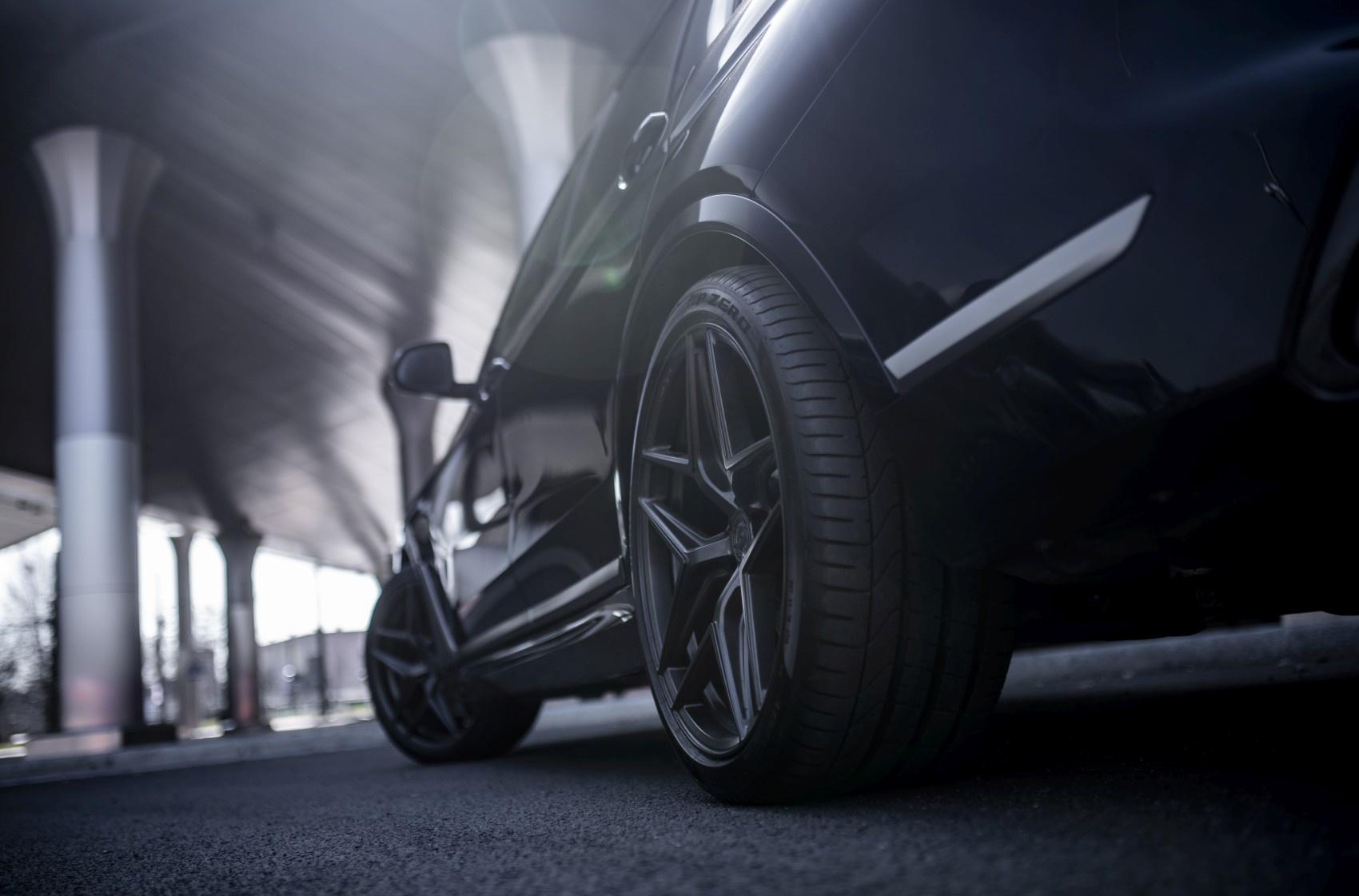 BMW X7 Concaver CVR2 Carbon Graphite
