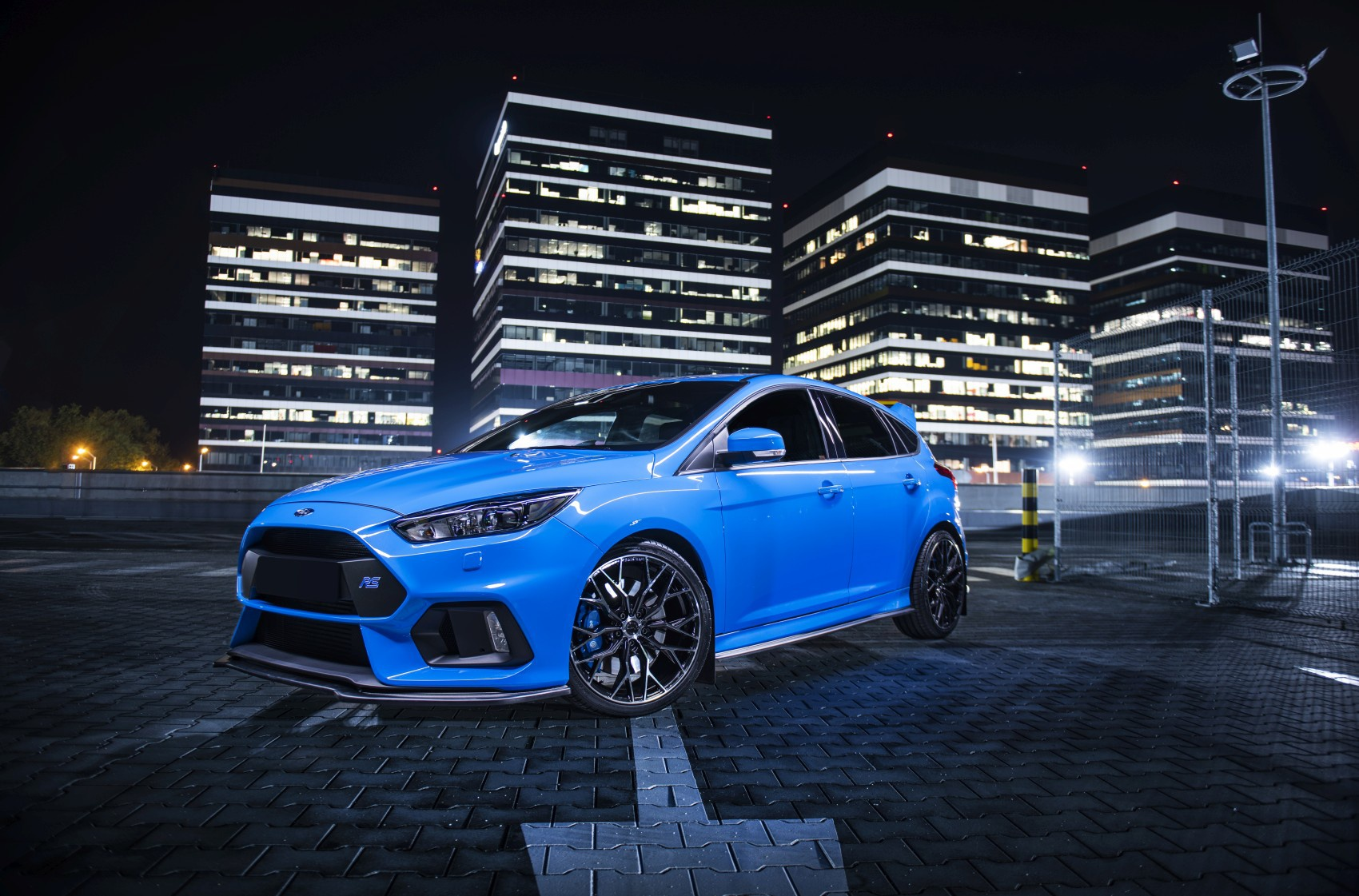 Ford Focus / ST / RS Concaver CVR1 Double Tinted Black