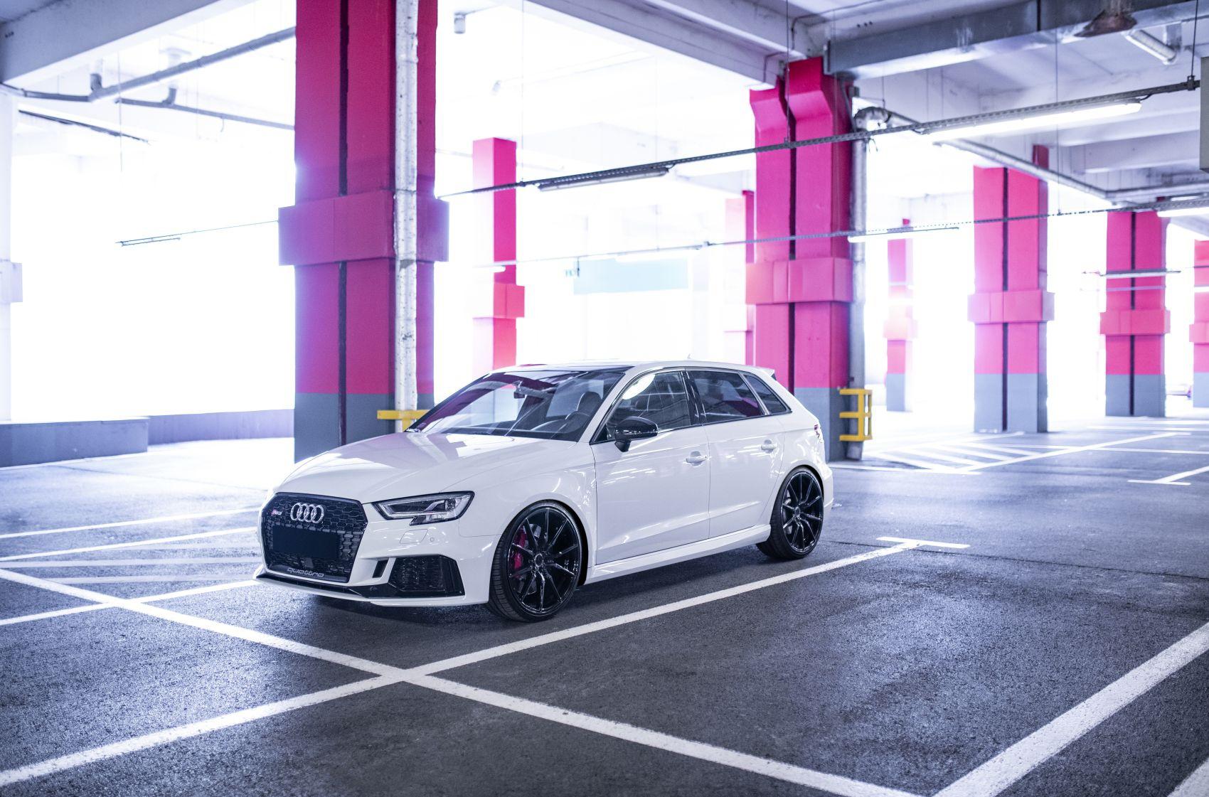Audi A3 / S3 / RS3 Concaver CVR4 Double Tinted Black
