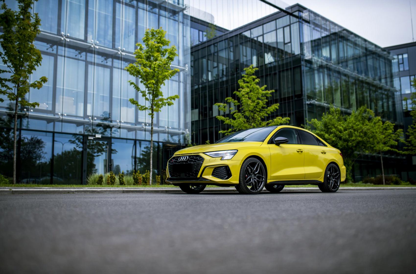 Audi A3 / S3 / RS3 Concaver CVR3 Carbon Graphite